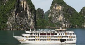 starlight-cruise-halong-bay-vnt
