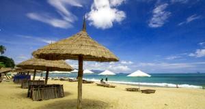 bien-nha-trang_viet-travel-media2
