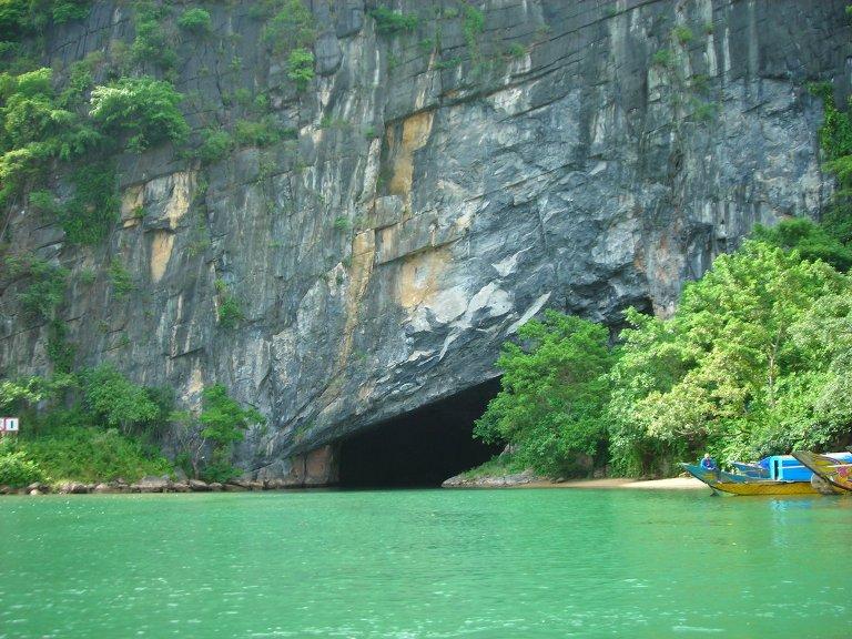 Phong Nha Caves, Quang Binh