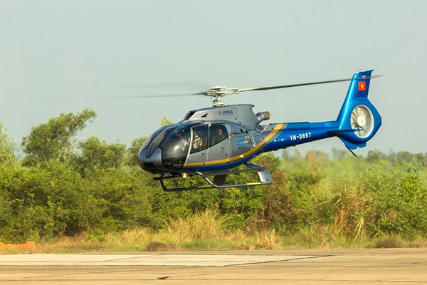 Helicopter Airbus EC130-T2