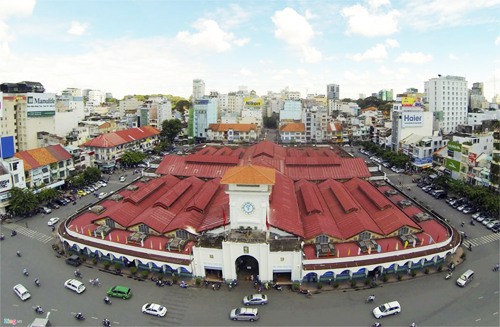 Ben Thanh Market – The Ideal Place to Shop in Saigon Every Season