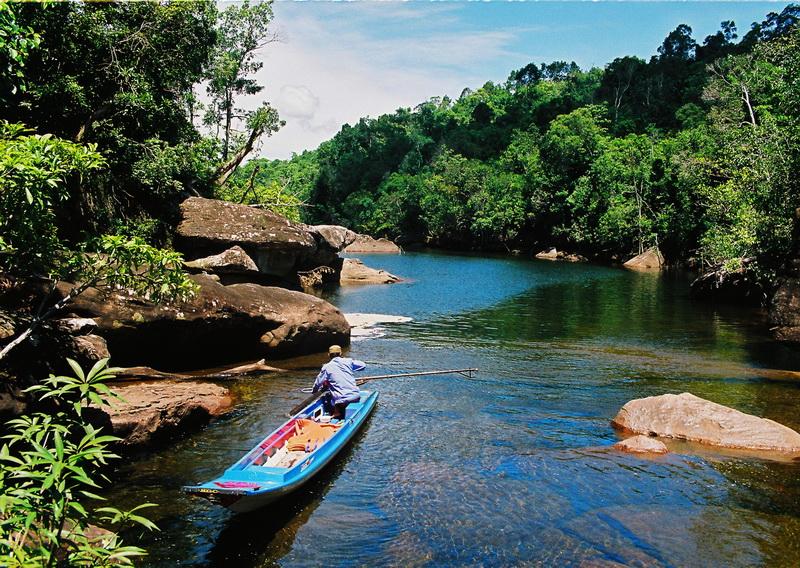 Trang Stream, Phu Quoc, Vietnam (by Yang)