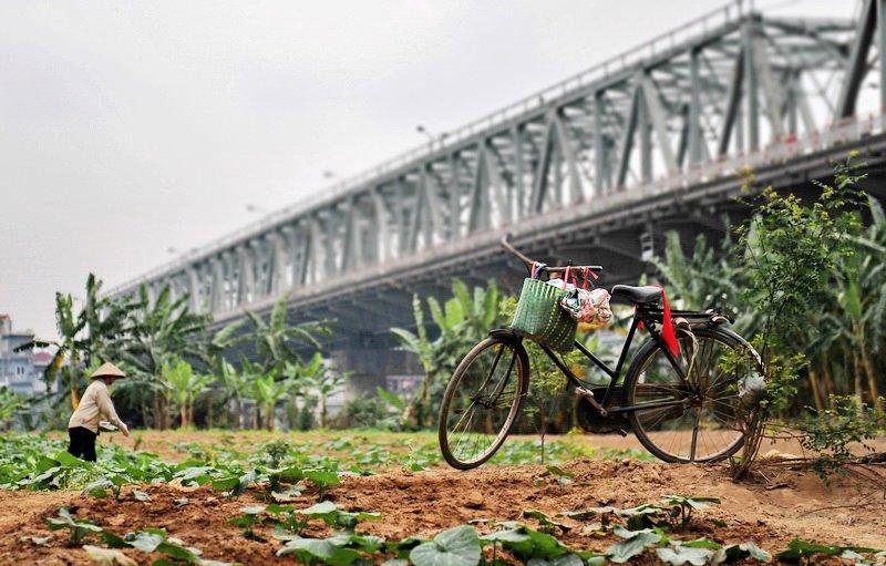 Long Bien Bridge in Hanoi (Photo credit: Nguyen Minh Son)